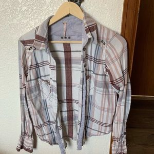 Free People button up plaid long sleeved shirt